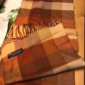 100% cashmere scarf.